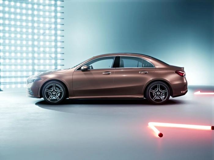 Mercedes_A-sedan_Class