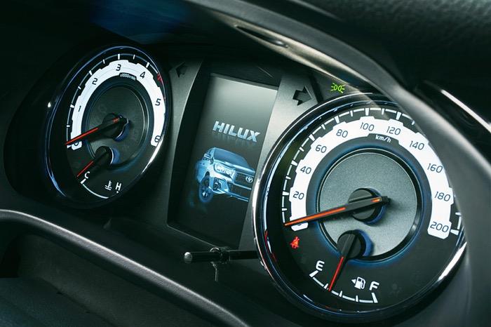 "Hilux_Z""Black Rally Edition"""