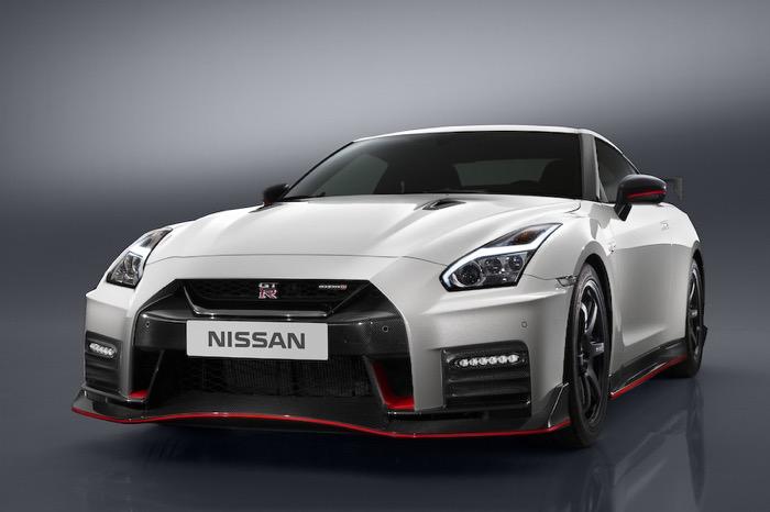 NISSAN GT-R NISMO 2017年モデル