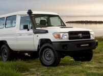 landcruiser70_sand_Toyota_Australia